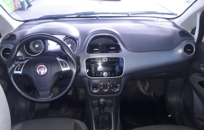 FIAT PUNTO 2016 1.4 ATTRACTIVE 8V FLEX 4P MANUAL - Carango 86420 - Foto 7