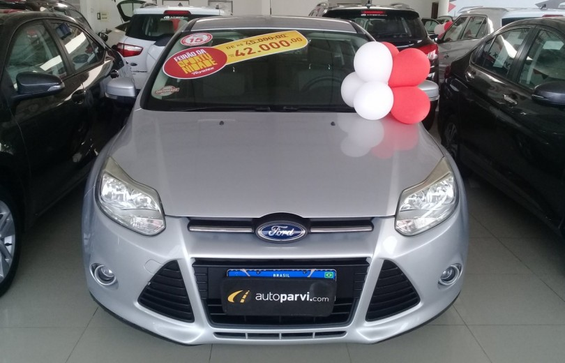 FORD FOCUS 2015 2.0 SE HATCH 16V FLEX 4P POWERSHIFT AUTOMÁTICO - Carango 86410 - Foto 2