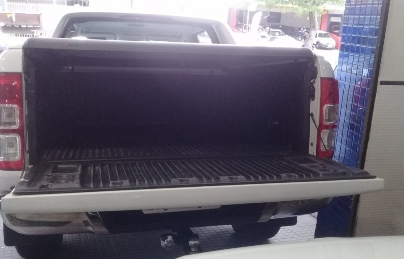 FORD RANGER 2015 3.2 LIMITED 4X4 DIESEL 4P AUTOMÁTICO - Carango 86452 - Foto 5