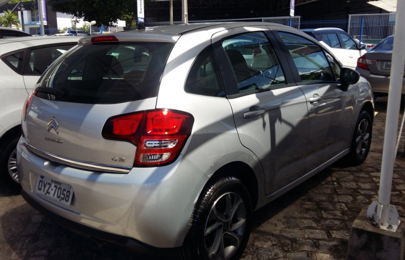 CITROËN C3 2015  1.6 EXCLUSIVE 8V FLEX 4P MANUAL - Carango 86702 - Foto 3