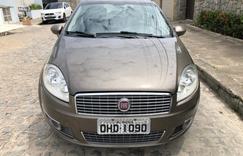 FIAT LINEA 2012 1.8 ESSENCE 16V FLEX 4P MANUAL - Carango 86619 - Foto 2