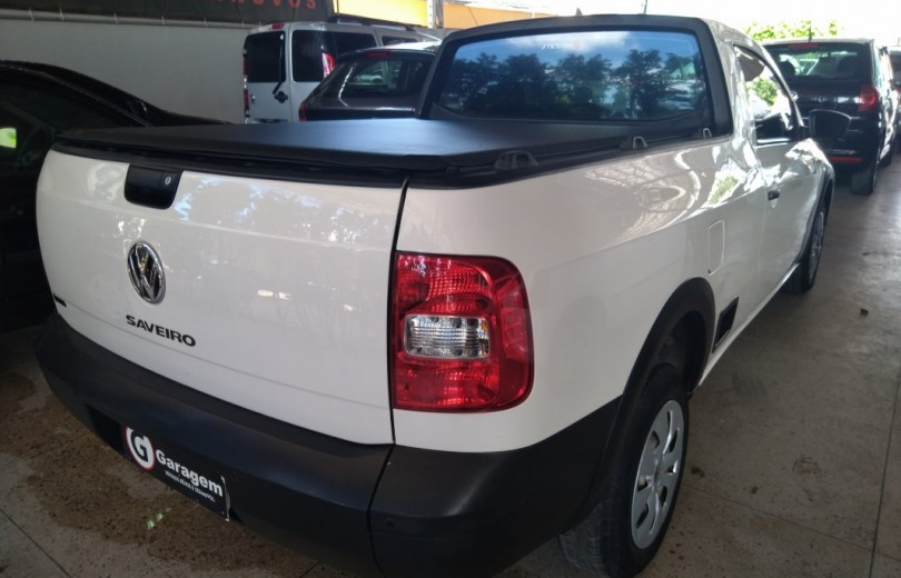 VOLKSWAGEN SAVEIRO 2016 1.6 TRENDLINE CS TOTAL FLEX 8V  MANUAL - Carango 86600 - Foto 3