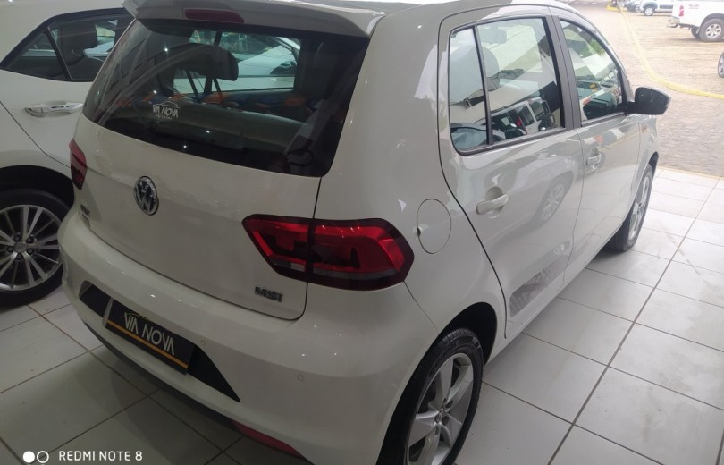 VOLKSWAGEN FOX 2016 1.6 MSI ROCK IN RIO 8V FLEX 4P MANUAL - Carango 87238 - Foto 3
