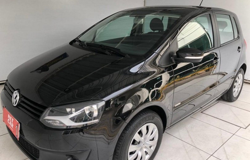 VOLKSWAGEN FOX 2013 1.0 MI 8V TOTAL FLEX 2P MANUAL - Carango 89300 - Foto 1