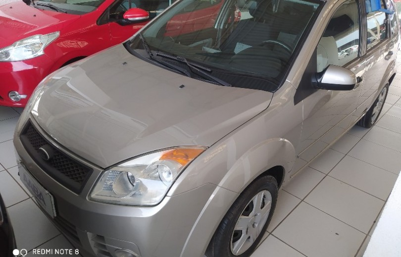 FORD FIESTA 2008 1.0 MPI 8V FLEX 4P MANUAL - Carango 89629 - Foto 1
