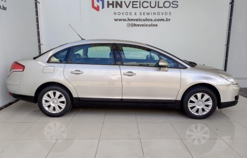 CITROËN C4 PALLAS 2013 2.0 EXCLUSIVE (TECH.) FLEX 16V AUTOMÁTICO - Carango 90156 - Foto 8