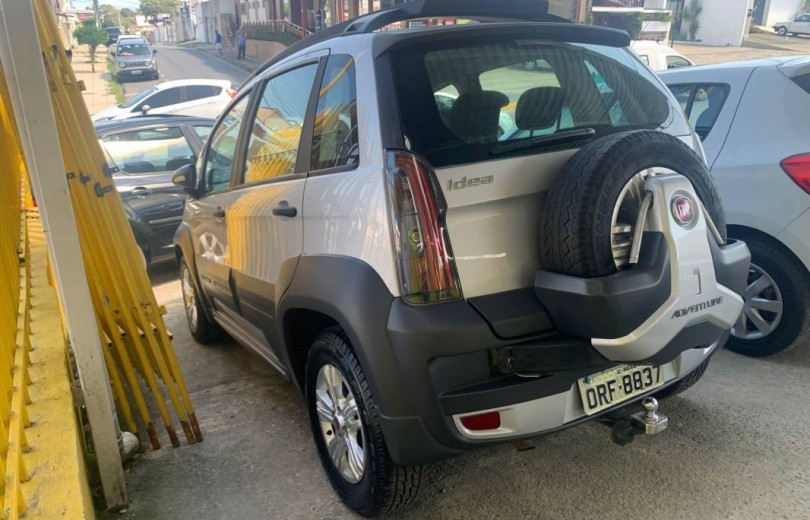 FIAT IDEA 2014 1.8 MPI ADVENTURE 16V FLEX 4P MANUAL - Carango 90360 - Foto 4