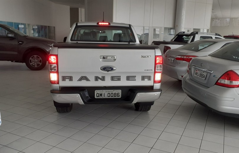 FORD RANGER 2020 3.2 LIMITED 4X4 DIESEL 4P AUTOMÁTICO - Carango 91016 - Foto 4