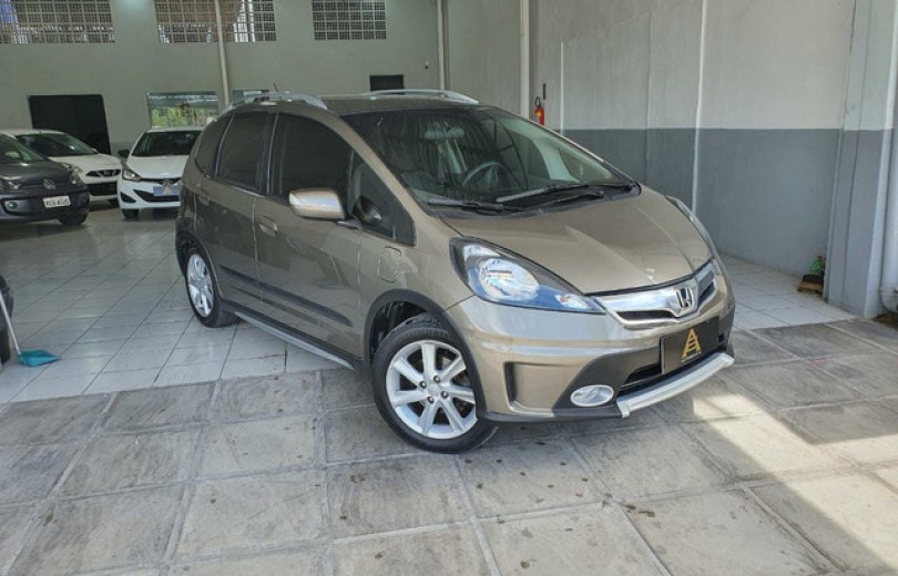 HONDA FIT 2014 1.5 TWIST 16V FLEX 4P MANUAL - Carango 91808 - Foto 4