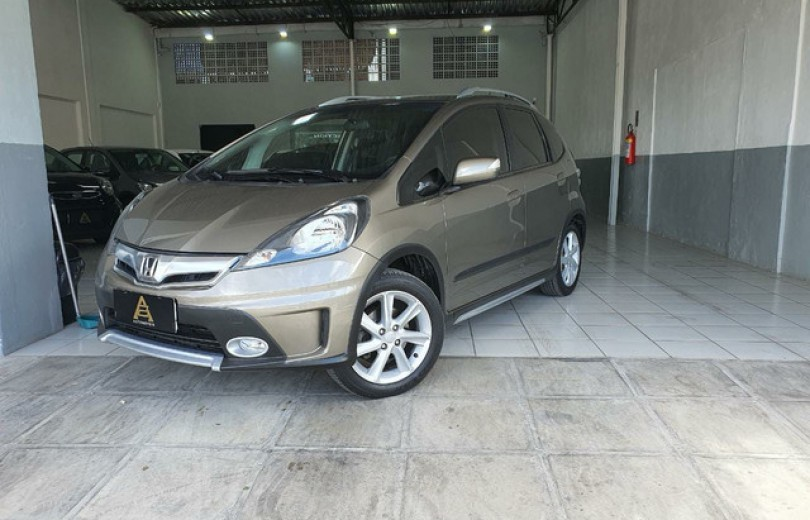 HONDA FIT 2014 1.5 TWIST 16V FLEX 4P MANUAL - Carango 91808 - Foto 1