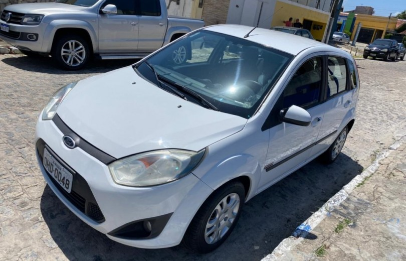 FORD FIESTA 2013 1.6 MPI CLASS 8V FLEX 4P MANUAL - Carango 93079 - Foto 1