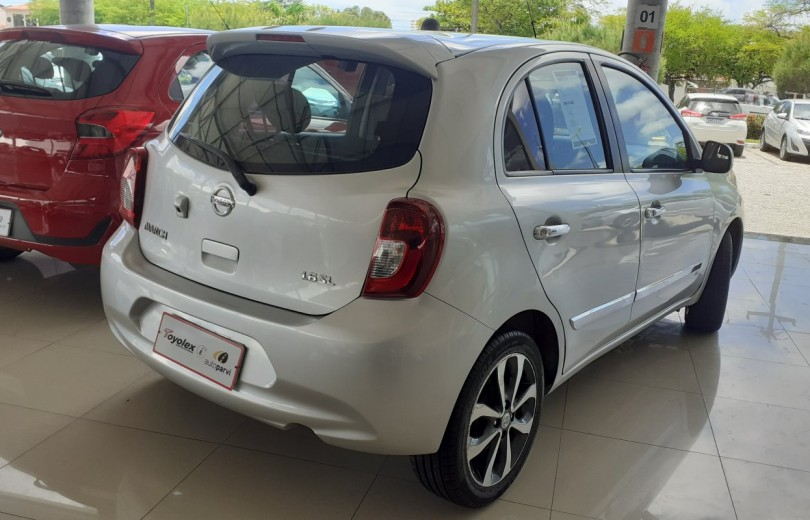 NISSAN MARCH 2015 1.6 SL 16V FLEX 4P MANUAL - Carango 93003 - Foto 3