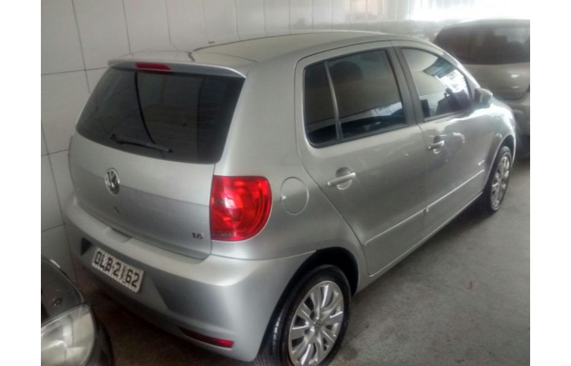 VOLKSWAGEN FOX 2013 1.6 MI 8V FLEX 4P MANUAL - Carango 62730 - Foto 3