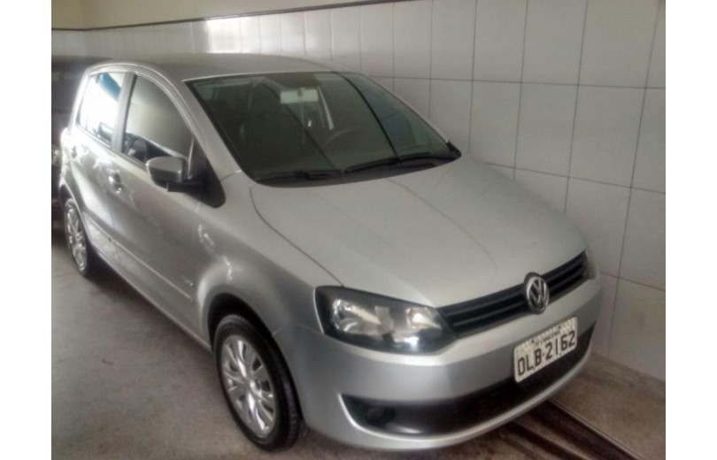 VOLKSWAGEN FOX 2013 1.6 MI 8V FLEX 4P MANUAL - Carango 62730 - Foto 10