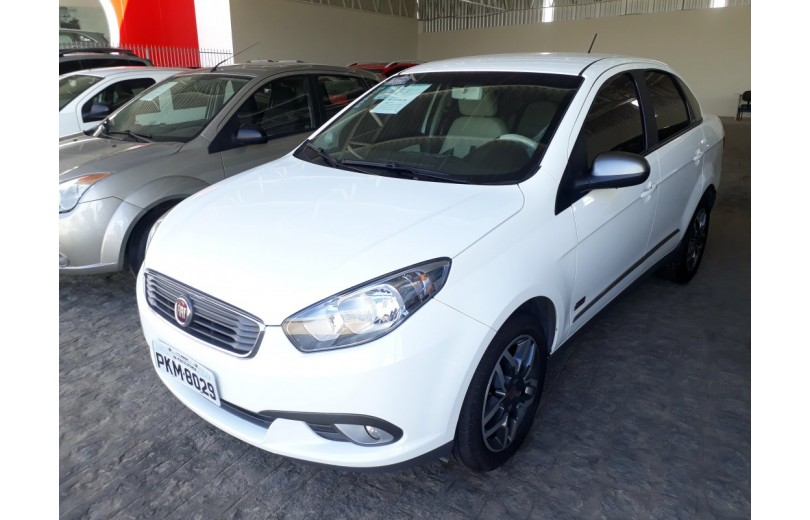 FIAT GRAND SIENA 2018 1.6 ESSENCE SUBLIME DUALOGIC FLEX - Carango 67255 - Foto 1