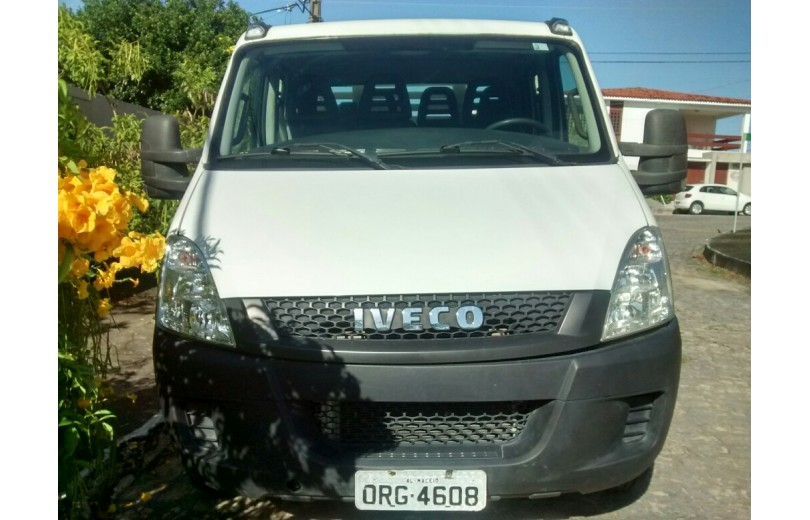 IVECO DAILY 2014 35S14 3.0 DIESEL - Carango 66186 - Foto 2