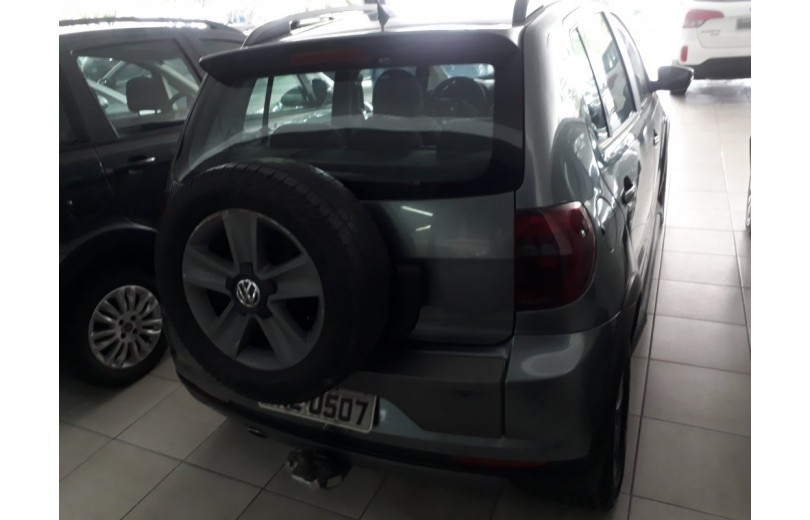 VOLKSWAGEN CROSSFOX 2012 1.6 MI 8V TOTAL FLEX 4P MANUAL - Carango 66332 - Foto 4