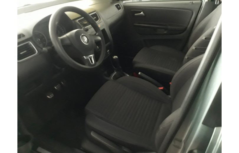 VOLKSWAGEN CROSSFOX 2012 1.6 MI 8V TOTAL FLEX 4P MANUAL - Carango 66332 - Foto 8
