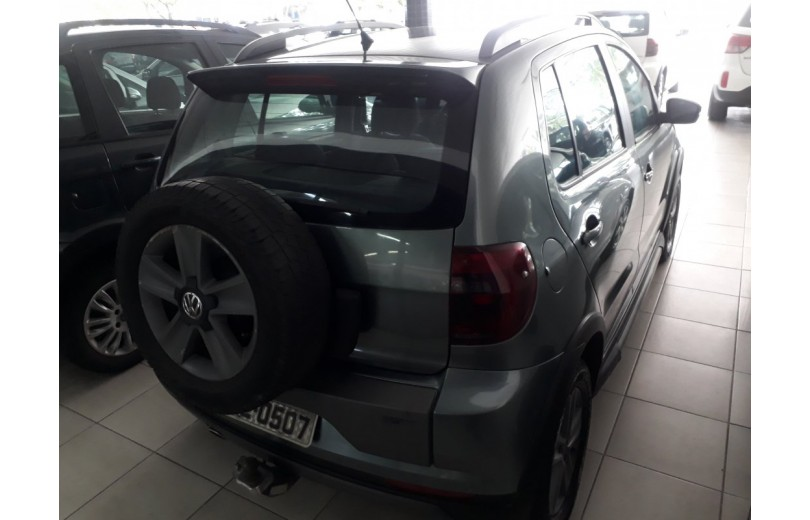 VOLKSWAGEN CROSSFOX 2012 1.6 MI 8V TOTAL FLEX 4P MANUAL - Carango 66332 - Foto 3