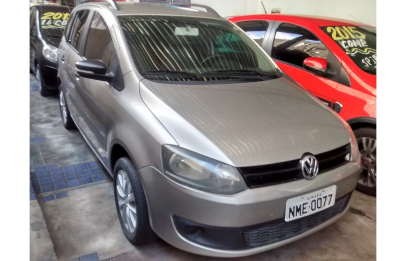 VOLKSWAGEN SPACEFOX 2011 1.6 MI 8V TOTAL FLEX 4P MANUAL - Carango 66363 - Foto 2