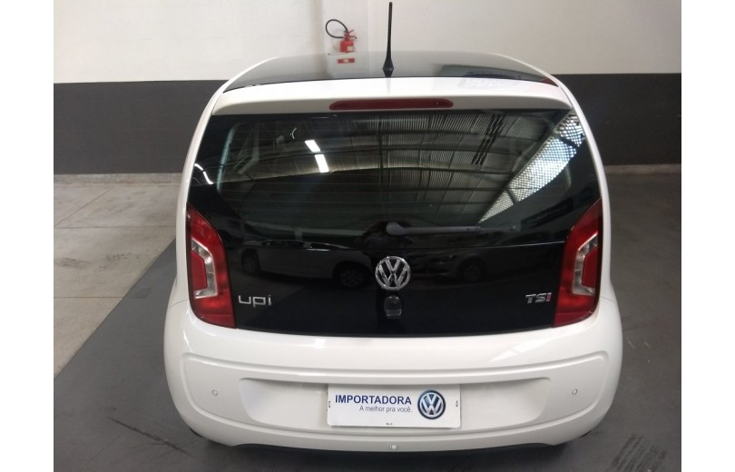 VOLKSWAGEN UP! 2017 1.0 TSI SPEED UP 12V FLEX 4P MANUAL - Carango 66250 - Foto 4