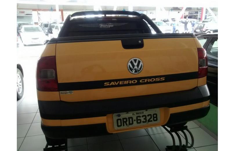VOLKSWAGEN SAVEIRO 2015 1.6 CROSS CD 16V TOTAL FLEX 2P MANUAL - Carango 68184 - Foto 4