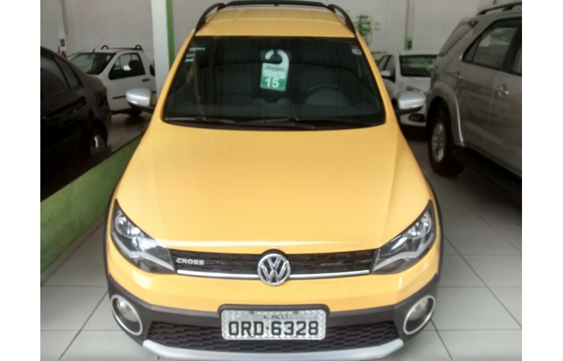 VOLKSWAGEN SAVEIRO 2015 1.6 CROSS CD 16V TOTAL FLEX 2P MANUAL - Carango 68184 - Foto 2