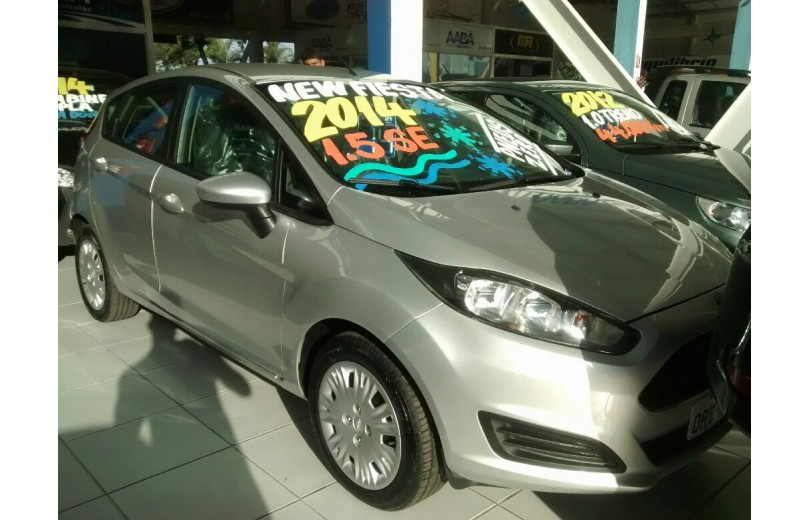 FORD NEW FIESTA 2014 1.5 SE HATCH 4P MANUAL FLEX - Carango 69665 - Foto 2