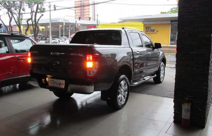 FORD RANGER 2017 3.2 LIMITED 4X4 DIESEL 4P AUTOMÁTICO - Carango 72539 - Foto 4