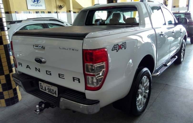 FORD RANGER 2017 3.2 LIMITED 4x4 CD DIESEL 4P AUTOMÁTICO - Carango 73731 - Foto 3